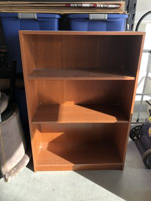 3-shelf Bookcase—FREE for Sale in Queen Creek, AZ
