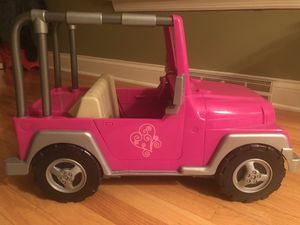 "Our Generation 4x4 Jeep - fits 18"" dolls - lightly used - fuchsia color for Sale in Venetia, PA"