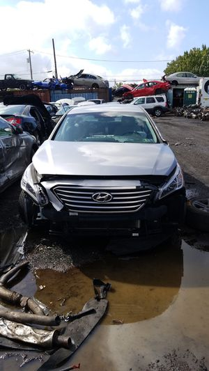 2015 Hyundai sonata parting out for Sale in Philadelphia, PA