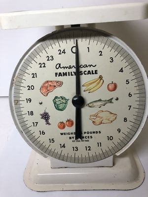 Vintage Metal American Family Scale 25 LB Kitchen Countertop Decor White for Sale in Garland, TX