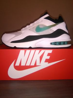 New Mens Airmax size 9.5 for Sale in Jurupa Valley, CA