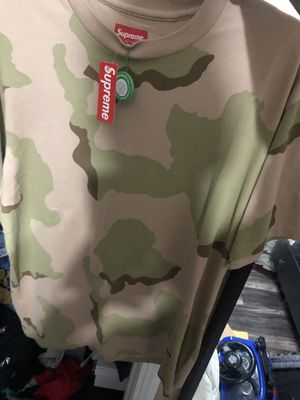Supreme tee shirt large for Sale in Dallas, TX