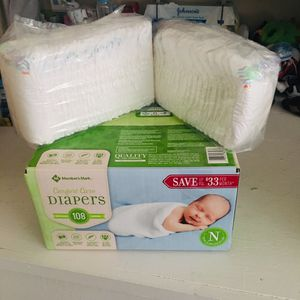 NewBorn Diaper for Sale in Wichita, KS