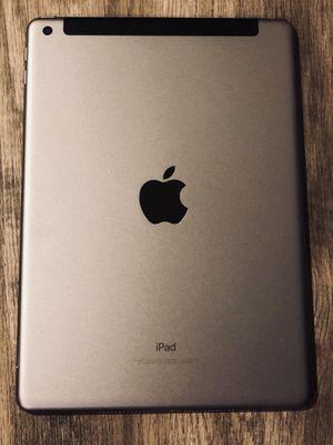 2017 space grey 32GB iPad WiFi + Cellular for Sale in Wenatchee, WA