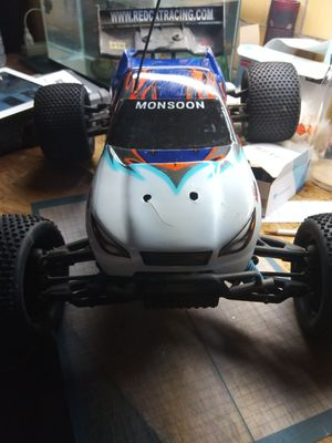Redcat racing 1/8 scale truggy. 4WD 2 FEET LONG ONE AND A HALF FEET WIDE. THE BEAST! for Sale in Detroit, MI