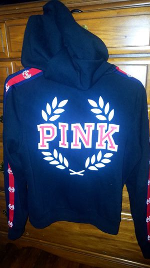 VS Pink Hoodie for Sale in Baltimore, MD