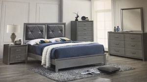 Brand new queen diamond bedroom set no mattress 4 pc bed frame dresser mirror and 1 nightstand for Sale in Miami, FL