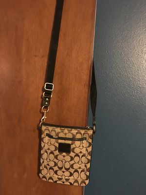 Coach messenger bag for Sale in Tampa, FL