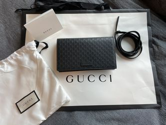 Gucci Clutch New Embossed Gg Logo Wallet Black Leather Cross Body Bag for Sale in La Mesa,  CA