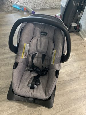 Evenflo Infant Car Seat for Sale in Papillion, NE