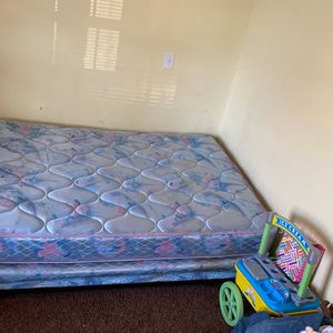 Full Size Box Spring And Mattress for Sale in Columbia, MO