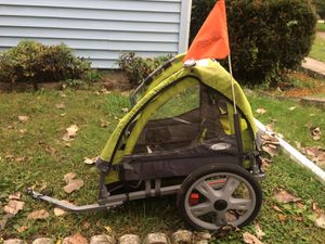 Instep bike trailer for Sale in Farmington Hills, MI