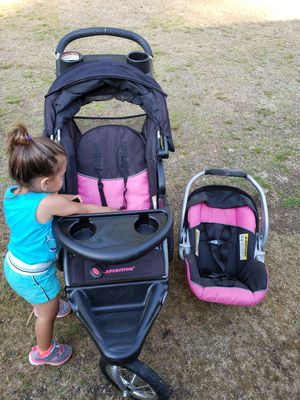 Infant car seat and stroller for Sale in Matlock, WA