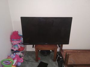 60 inch smart TV for Sale in Killeen, TX