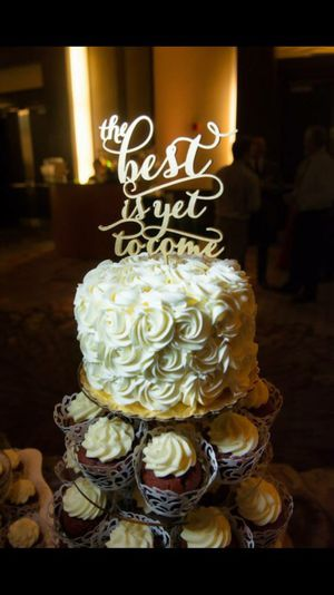The best is yet to come cake topper for Sale in San Diego, CA