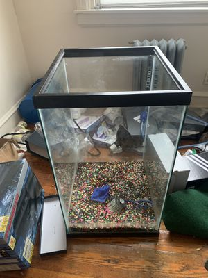 50 gallon tall aquarium fish tank for Sale in Clifton Heights, PA