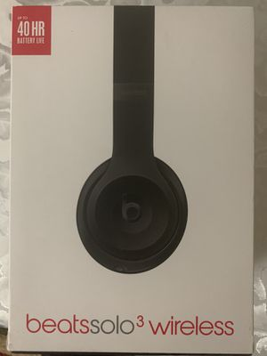 Beats by Dr.Dre Solo 3 wireless over the ear headphones -black for Sale in Stafford, TX