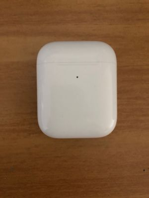 AirPods Charging Case for Sale in Des Moines, WA
