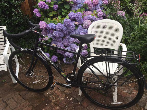 Trek 520 road bike