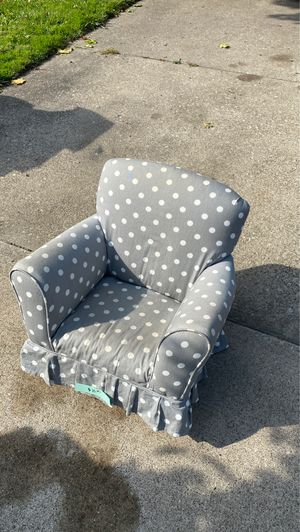 Kids chair for Sale in Maple Heights, OH