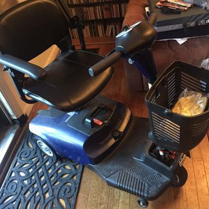 Bobcat Electric chair for Sale in Parkville, MD