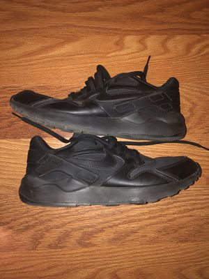 Size 11 Nike running shoes for Sale in Hemet, CA