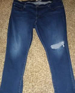 Plus Size Levis for Sale in Hesperia,  CA