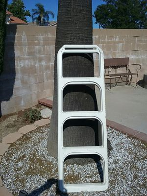 Strong Plastic Ladder $10 for Sale in Rialto, CA