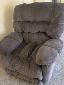 Recliner Chair With USB Charge Port for Sale in Los Angeles,  CA