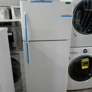Frigidaire for Sale in Paramount, CA