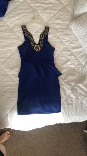 Dress for Sale in Crestwood, IL