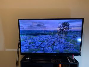 40 inch Sanyo Flat Screen TV for Sale in Chicago, IL