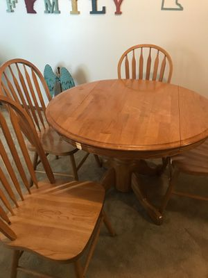FREE DINING ROOM TABLE SET! for Sale in Cottage Grove, MN