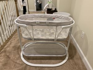Bassinet for Sale in MONTGOMRY VLG, MD