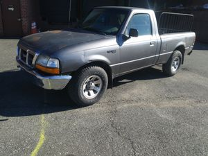 2000 Ford Ranger XL for Sale in Hillcrest Heights, MD