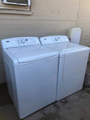 Kenmore elite oasis electric washer and dryer for Sale in Peoria, AZ