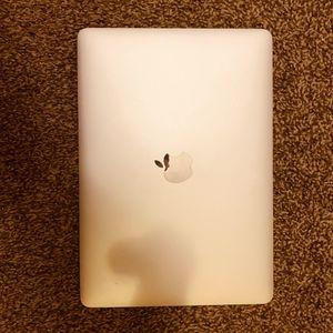 2017 MacBook 512 GB brand new for Sale in Cape Girardeau, MO