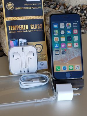 iphone 6S 64GB Clean Unlocked T-Mobile Metro AT&T Cricket Sprint Boost Verizon Telcel Black Firm price for Sale in Montebello, CA