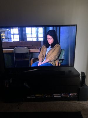"""Samsung 65"""" 4K tv for sale for Sale in Greenwood, IN"""
