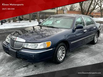 2002 Lincoln Town Car for Sale in Skokie,  IL