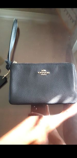 Coach small bag for Sale in Placentia, CA