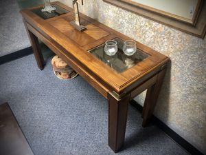 Sofa table/ hallway table/entry table for Sale in Longwood, FL