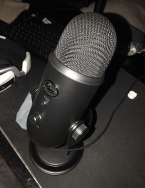 Blue Yeti Blackout Edition for Sale in Clovis, CA