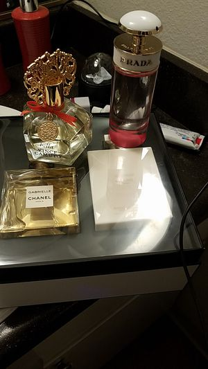 Bundle deal of the day all 3 perfumes chanel bella Vince camuto Prada candy for Sale in Las Vegas, NV