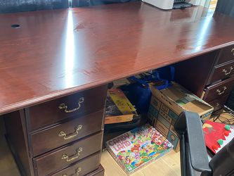 Desk for Sale in Keizer,  OR
