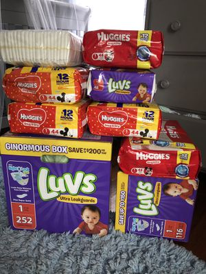 Huggies and luvs diapers size 1 for Sale in Springfield, MA