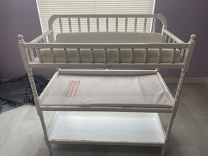 Crib & changing table for Sale in Cape Coral, FL
