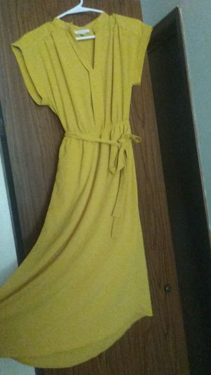 Monteau los Angeles dress large for Sale in Olympia, WA