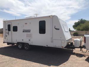 2015 Lance camper trailer model 1995 for Sale in Mesa, AZ