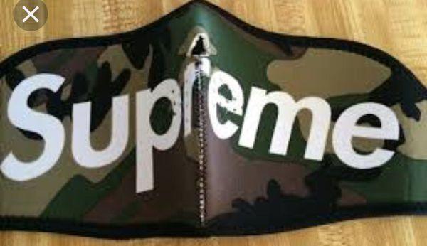Supreme FaceMask